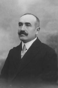 D. Bernardo Peñuela Fernández (1923-24-36)